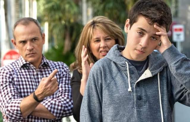 Чого не варто батькам говорити дітям