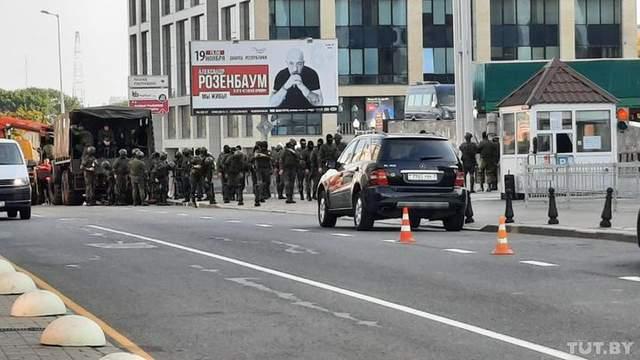 Военная техника, силовики и задержанные: что происходит в Беларуси 27 сентября – фото, видео
