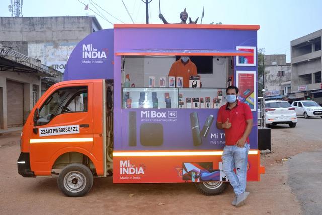 Магазины Xiaomi на колесах смогут добраться до отдаленных уголков Индии
