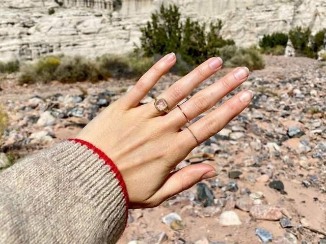 Лілі Коллінз одружується