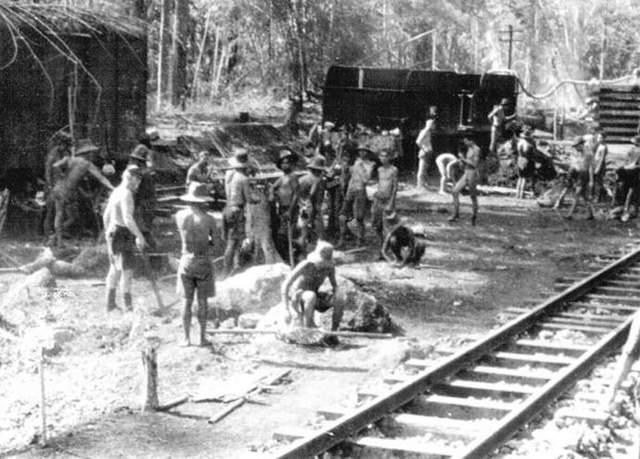 Залізниця у Бірмі
