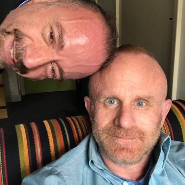 Браун зі своїм партнером Тімом Гофманом