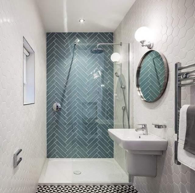 Лучше заменить ванну душем