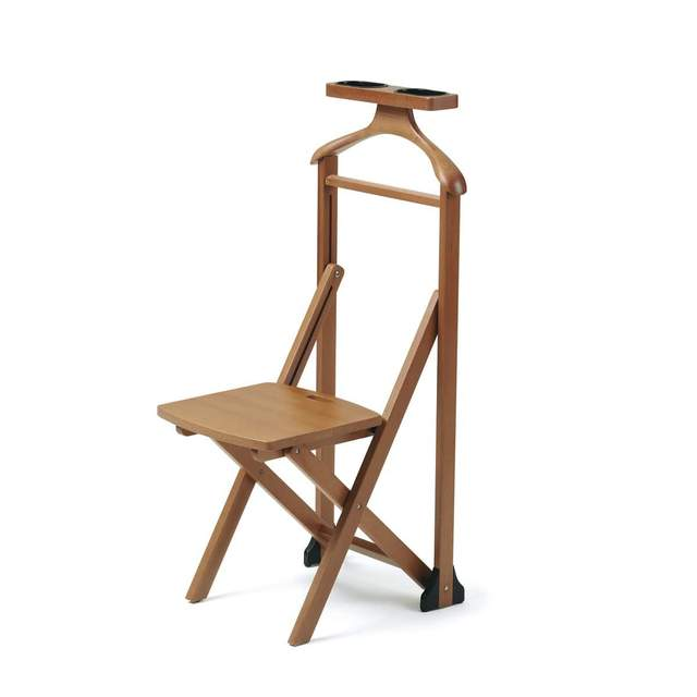 Выбор стульев для одежды сегодня достаточно большой