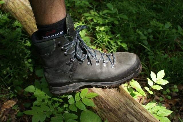 Вариант классических высоких ботинок