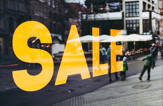 Маркетологи радять купувати товар в онлайні