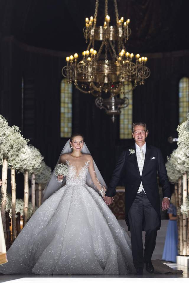 Весільна сукня Вікторії Сваровські - найдорожча у світі