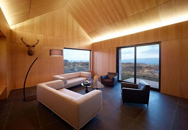 Стильний і строгий дизайн вітальні