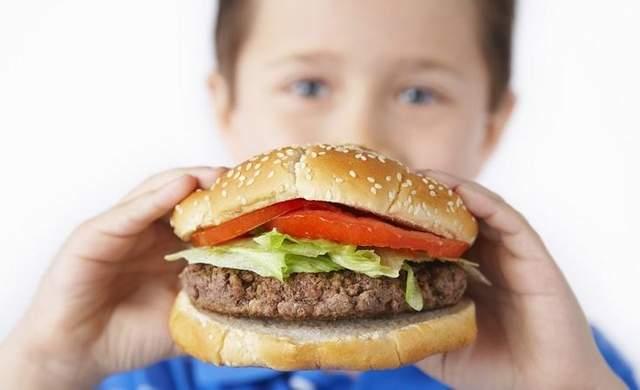 Важно, чтобы ребенок не переедала