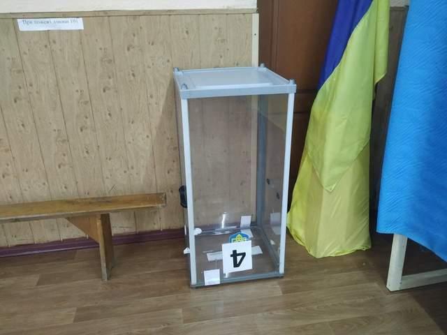 У Кам'янці-Подільському бракує скриньок для голосування