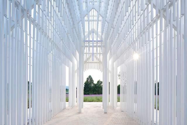 Конструкцию изготовили из алюминиевых труб различной длины