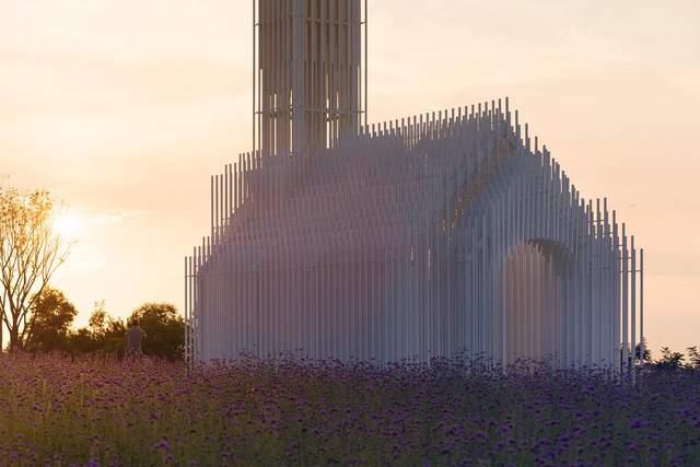 На вигляд церкви впливає освітлення