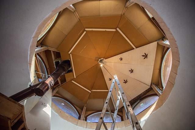 С конопли строят экологические купольные дома