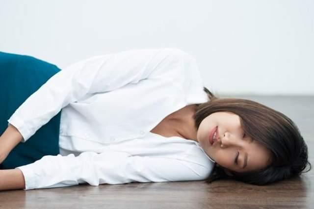 Сон на полу подходит не всем