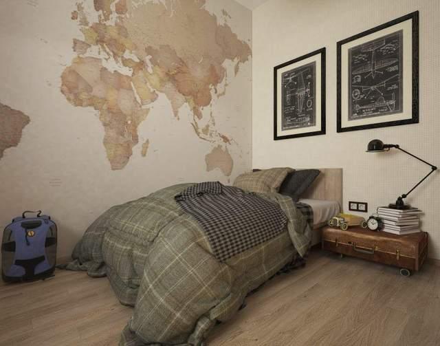 В спальне на стене изображена карта мира