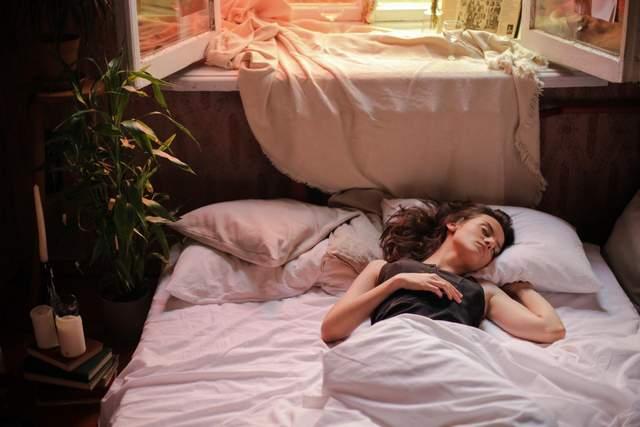Засинайте без телефона і ваш ранок буде чудовий