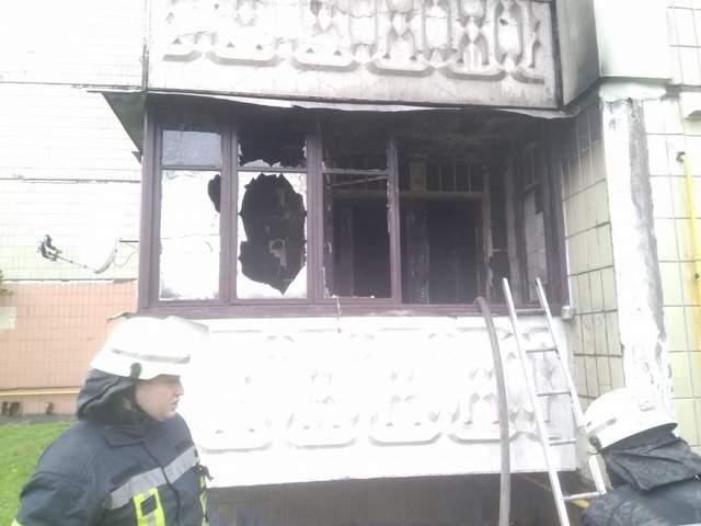 Наслідки пожежі у Дарницькому районі Києва / Фото з facebook