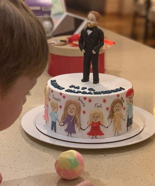 Святковий торт для чоловіка Ольги Фреймут