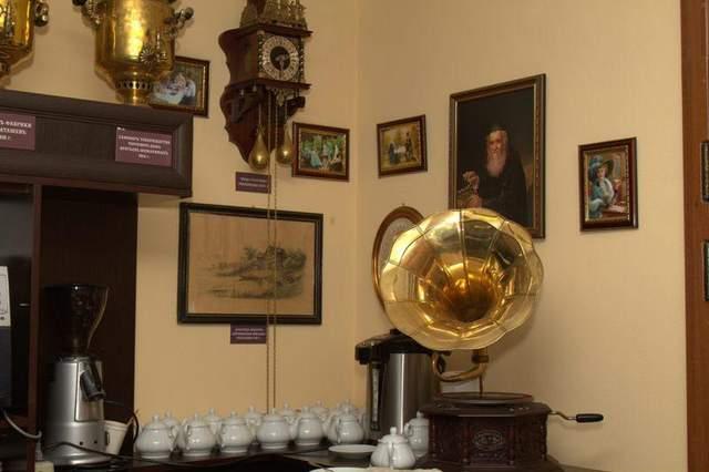 Оригінальні старовинні експонати