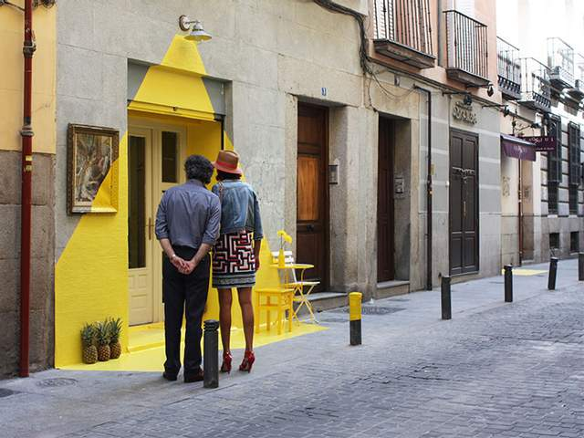 Инсталляция привлекает внимание туристов