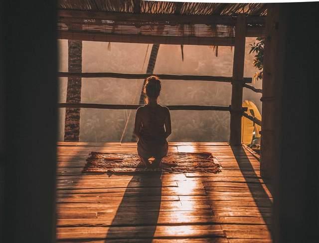 Як медитація впливає на самопочуття