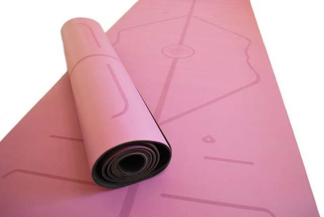 Найдорожчі килимки роблять з каучуку