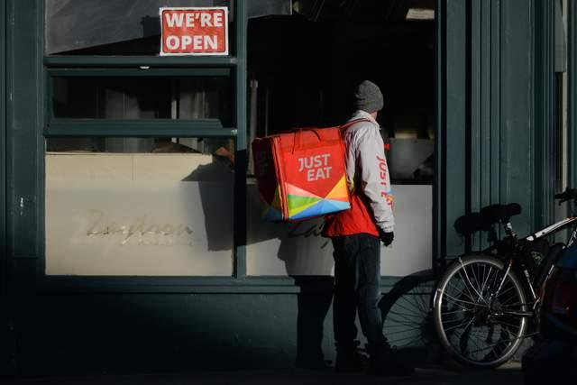 Ірландія послаблює карантин: на роботу зможуть повернутися до 150 тисяч людей