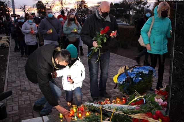 Голодомор, жертви, День пам'яті жертв Голодоморів, Україна, міста України, Запоріжжя