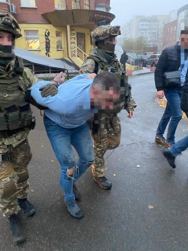 Затримання підозрюваних у вбивстві Олександра Дерев'янка