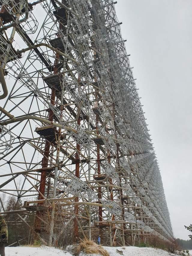 Тур у зимовий Чорнобиль