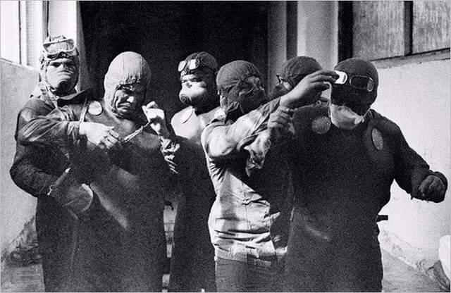 Ліквідатори-водозази катастрофи на ЧАЕС фото Чорнобиль