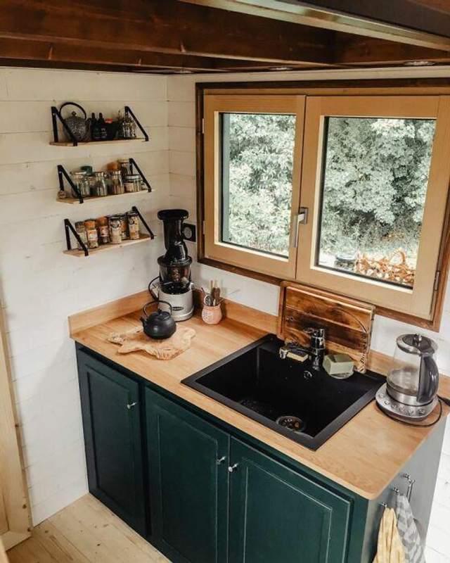 Компактная и удобная кухня