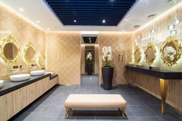 За задумом архітекторів, туалет має стати незвичним акцентом в дизайні торгового центру