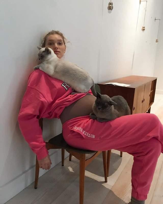 Ельза Госк демонструє домашній образ