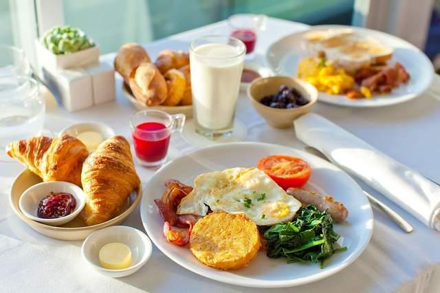 Краще вживати їжу відповідно до гормонального режиму