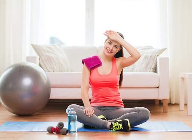 Выполняйте упражнения медленно и слушайте свое тело