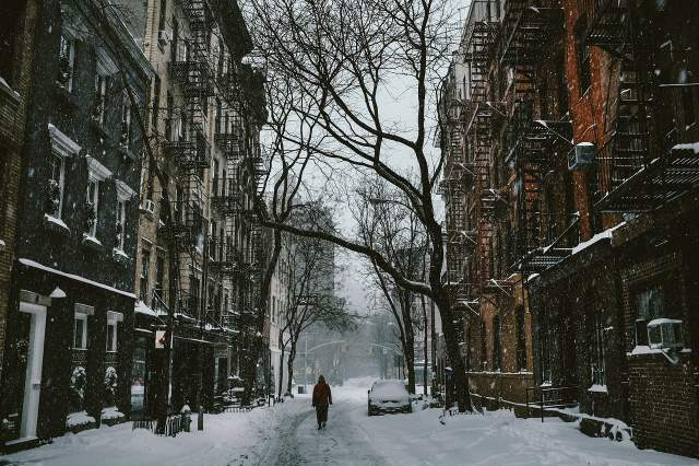 Ранкове місто 1 січня - це повна тиша і спокій / Фото Pixabay