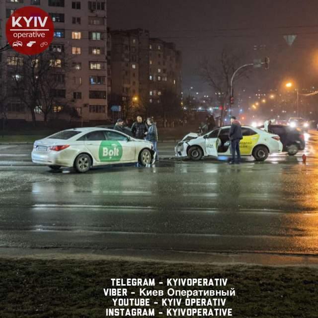 У Києві зіштовхнулись таксисти / Фото спільноти