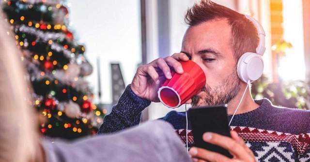Багаторазове прослуховуванн новорічної мкзики шкодить психічному здоровью