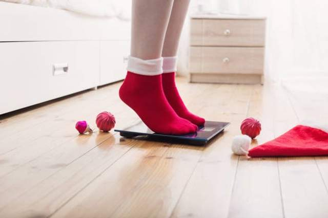 Не обещайте себе сесть на диету с понедельника, это приведет к сильному перееданию