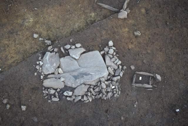 У Франції археологи виявили стародавній некрополь