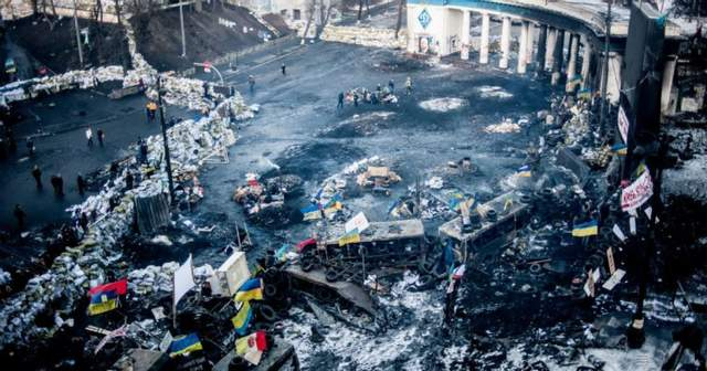 Барикади на Грушевського в Києві Майдан фото