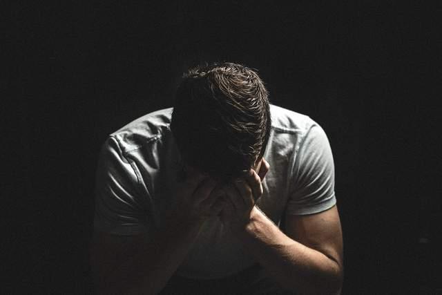 Причини плачу чоловіків