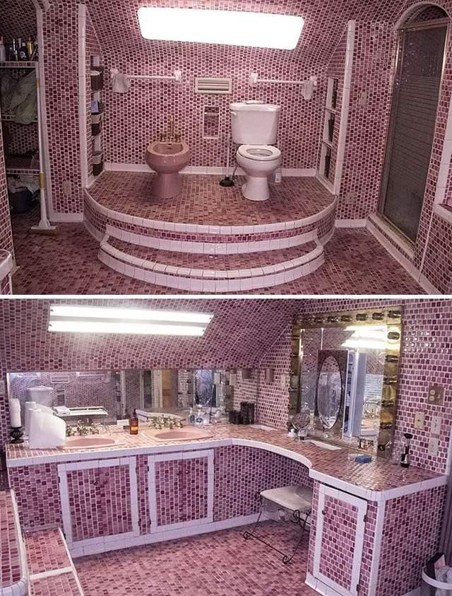 Тут прекрасно все – туалет на троні, рожевий колір і мозаїка