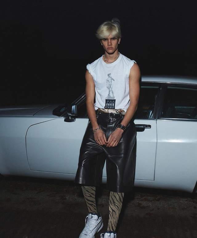 Син Вікторії Бекхем знявся для L'Uomo Vogue