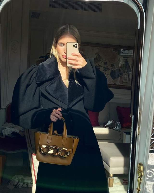 Як модниці носять чорний колір