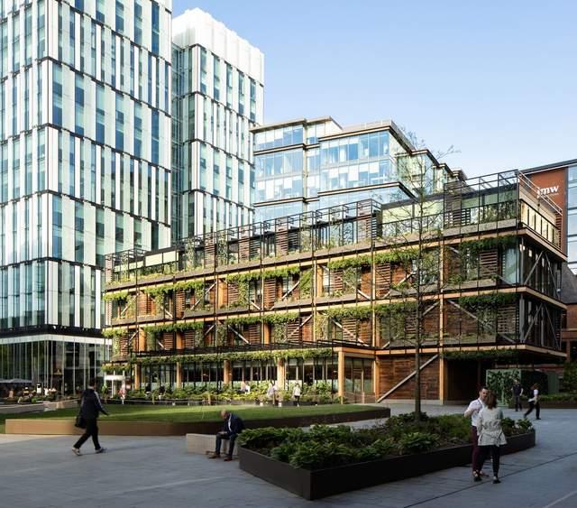 Зелений та надзвичайно свіжий вигляд будівлі / Фото Archdaily