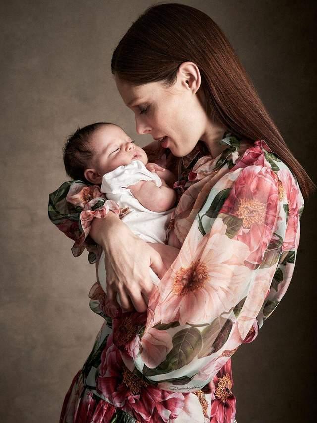Коко Роша знялася у фотосесії з дітьми