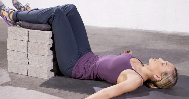 Обязательно делайте упражнения для спины, если у вас сидячая работа
