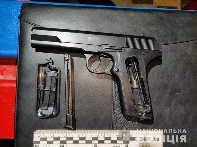 В Ізмаїлі підліток стріляв по неповнолітніх